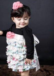 vestido infantil com babados e blusa