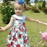 roupas de menina para festa floral com azul e vermelho