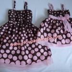 vestido rosa bebe e mamae com marrom