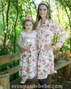 roupas mae e filha floral