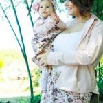 roupas mae e filha floral com rosa