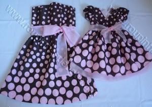 roupa mãe e filha para festa marrom e rosa