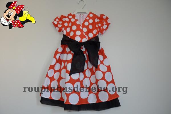 vestido minnie vermelho com bolas brancas