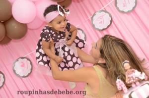 bebe festa rosa e marrom 1 ano