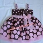 vestido marrom e rosa infantil com alcinha