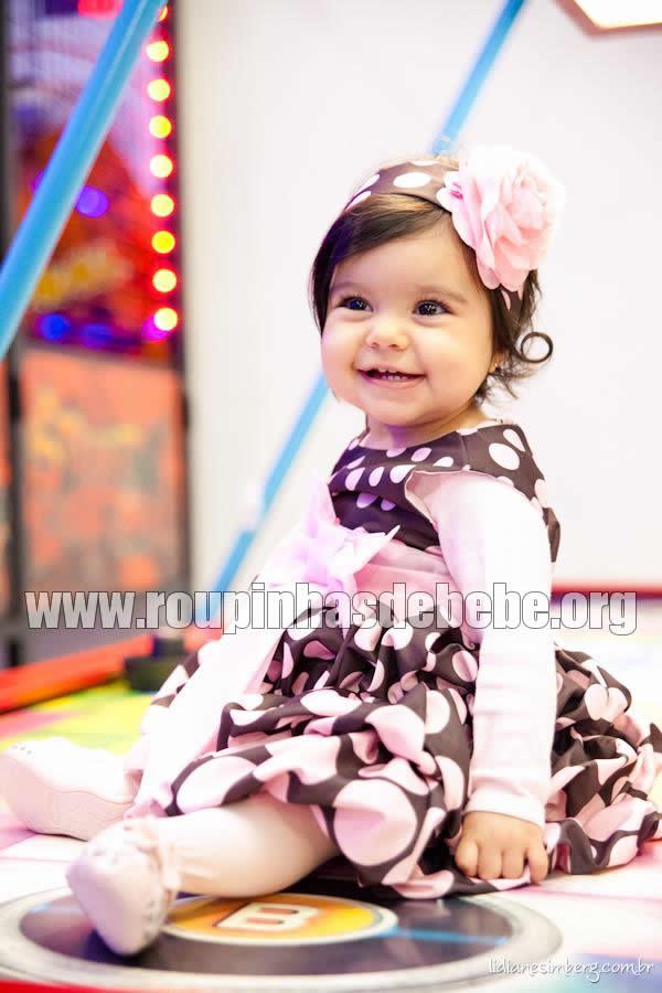 vestido bebe marrom e rosa