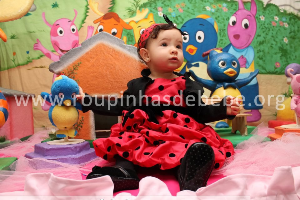 vestido joaninha e backyardigans infantil