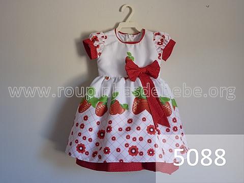 vestido moranguinho infantil