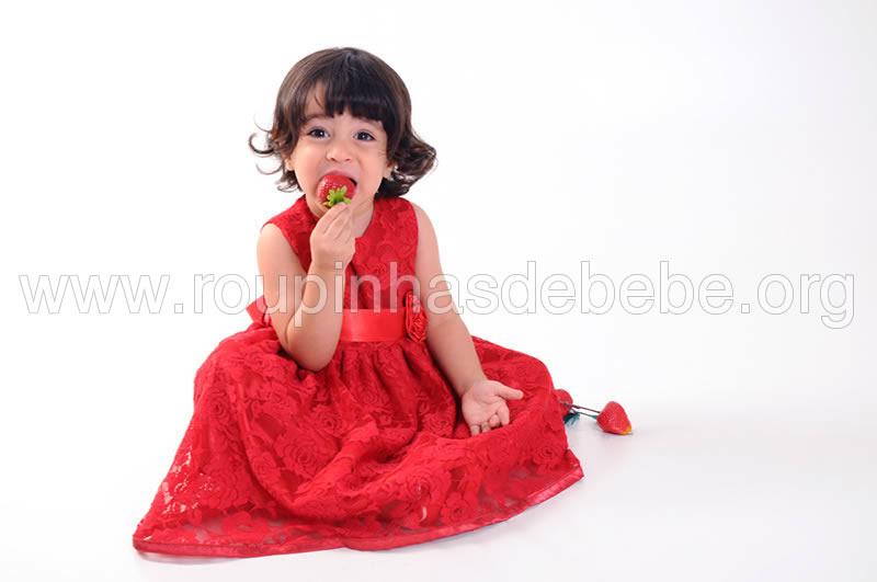 vestido de renda infantil vermelho