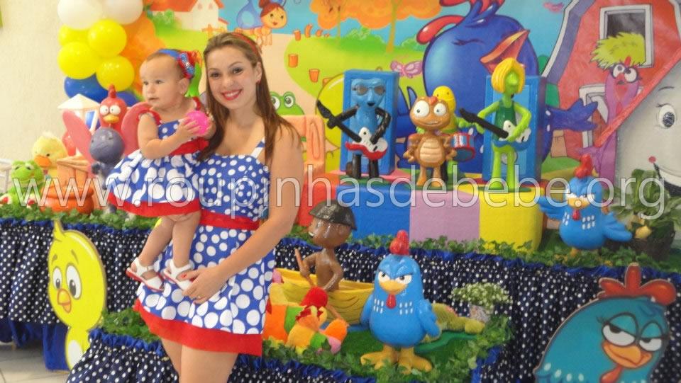 Vestidos da galinha pintadinha