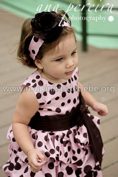 vestido para festa marrom e rosa infantil