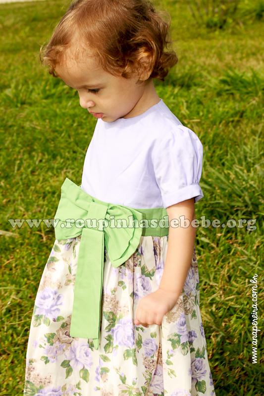 Vestido infantil para aniversário