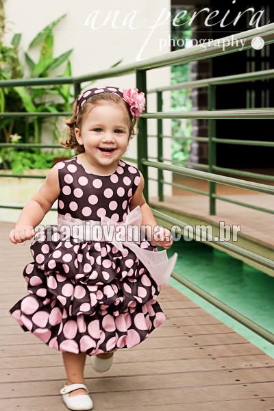 vestido infantil para festa marrom com rosa