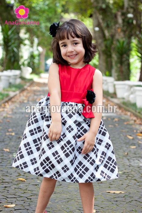Vestido xadrez infantil de tafetá