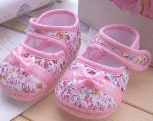 sapatinho flores rosa 1