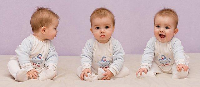 Roupas de bebê gêmeos