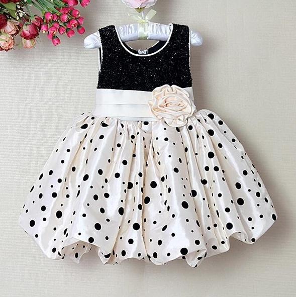 Vestido para bebê de festa infantil
