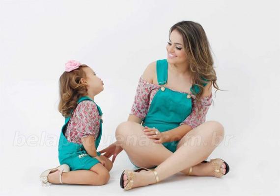 Roupas para mamãe e bebê iguais