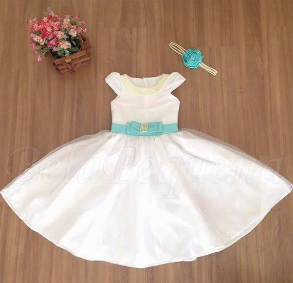 Vestidos brancos para criança