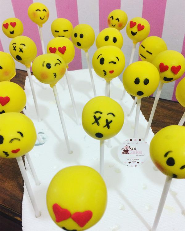 ideias festa emoji
